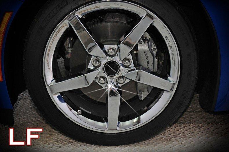 2014 Chevrolet Corvette Image 2