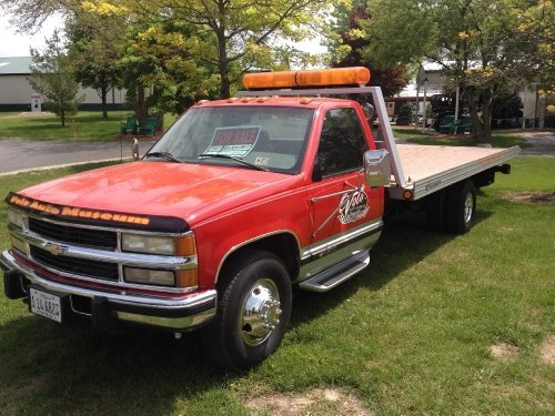1999 Chevrolet 3500 Image 1