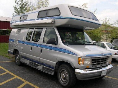 1994 Ford Airstream 190 Motorhome Image 1
