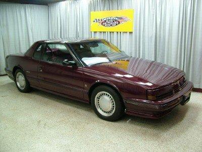 1991 Oldsmobile Toronado Image 1