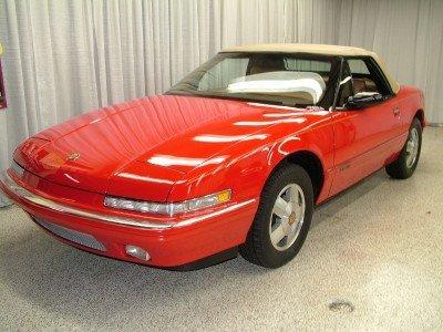 1990 Buick Reatta Image 1