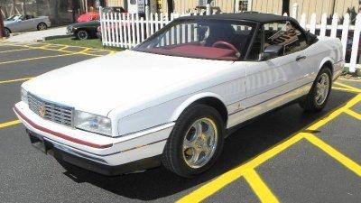 1990 Cadillac Allante Image 1