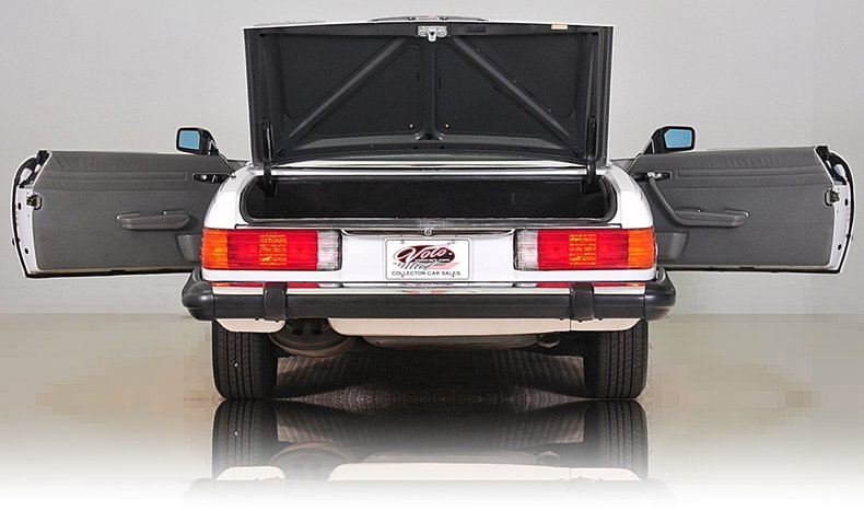 1987 Mercedes-Benz 560SL Image 22
