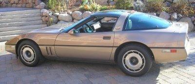 1985 Chevrolet Corvette Image 1