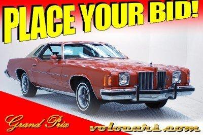 1975 Pontiac Grand Prix Image 1