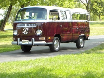 1971 Volkswagen Crewcab Image 1