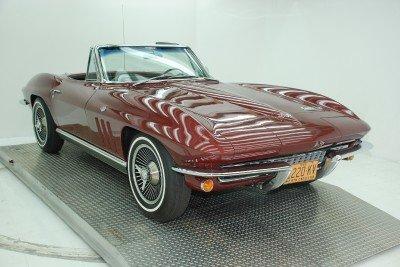 1966 Chevrolet Corvette Image 1