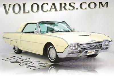 1962 Ford Thunderbird Image 1