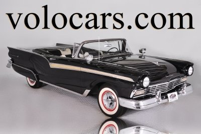 1957 Ford Fairlane 500 Image 1