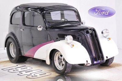 1949 Ford Anglia Image 1