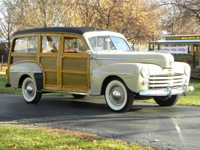 1948 Ford Super Deluxe Image 1