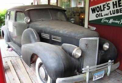 1938 Cadillac 9 Passenger Limo Image 1