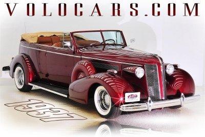 1937 Buick Roadmaster Image 1