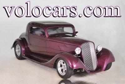 1935 Chevrolet  Image 1