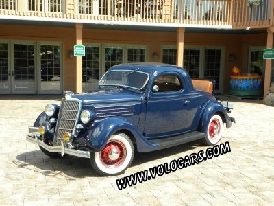 1935 Ford Deluxe Image 1