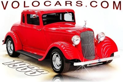 1933 Plymouth  Image 1