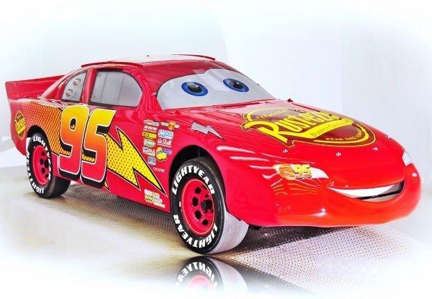 2006 Chevrolet  Image 2