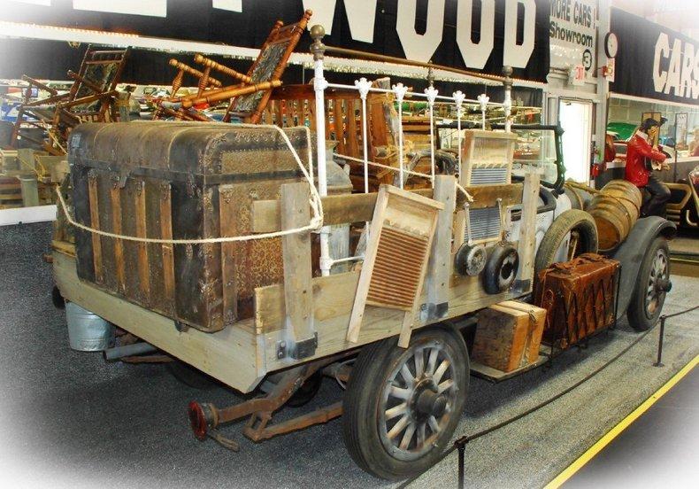 1921 Oldsmobile Beverley Hills Image 4