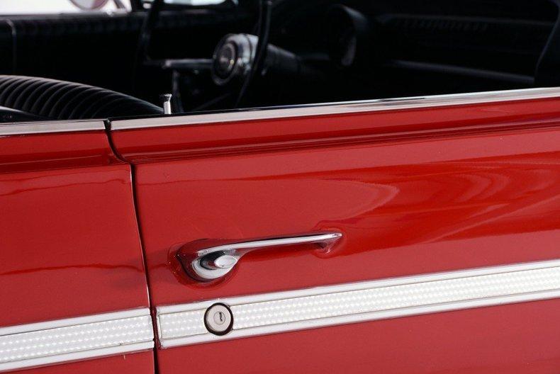 1964 Chevrolet Impala Image 138