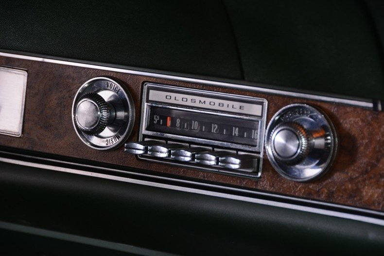1970 Oldsmobile 442 Image 21