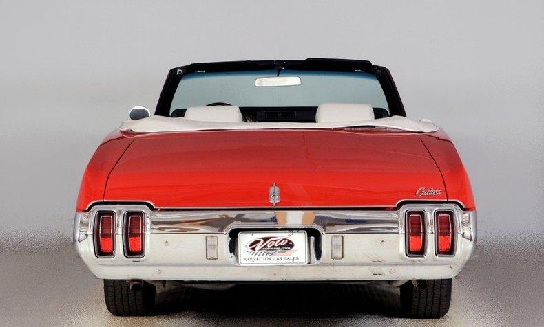 1970 Oldsmobile Cutlass Image 16