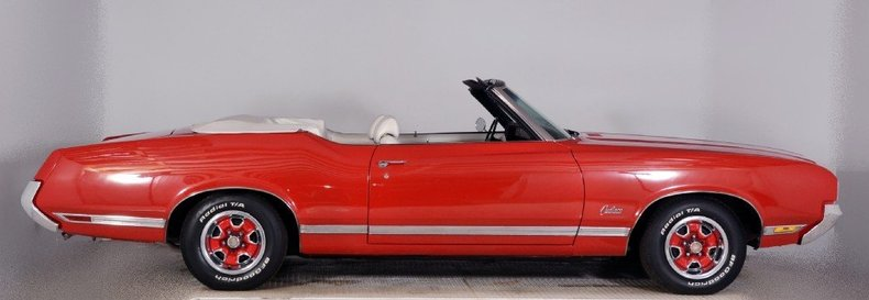 1970 Oldsmobile Cutlass Image 10