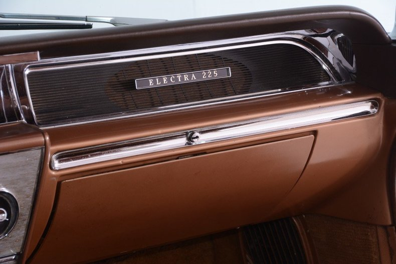 1962 Buick Electra Image 11