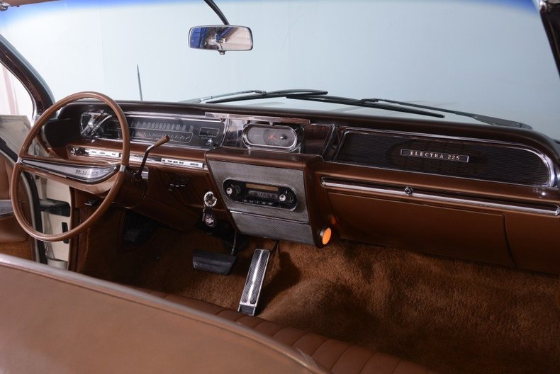 1962 Buick Electra Image 17