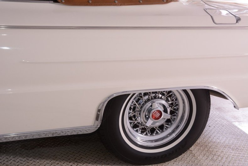 1962 Buick Electra Image 24
