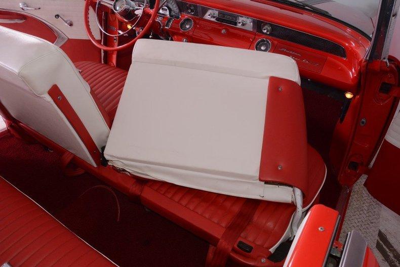 1955 Pontiac Bonneville Image 43