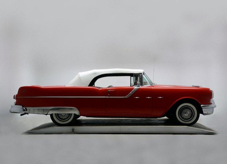 1955 Pontiac Bonneville Image 28