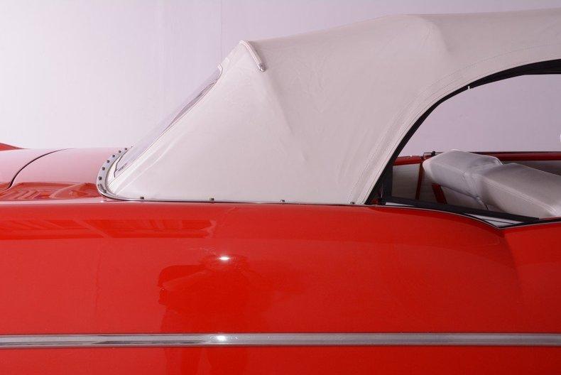 1955 Pontiac Bonneville Image 26