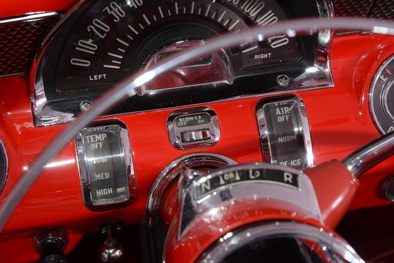 1955 Pontiac Bonneville Image 71