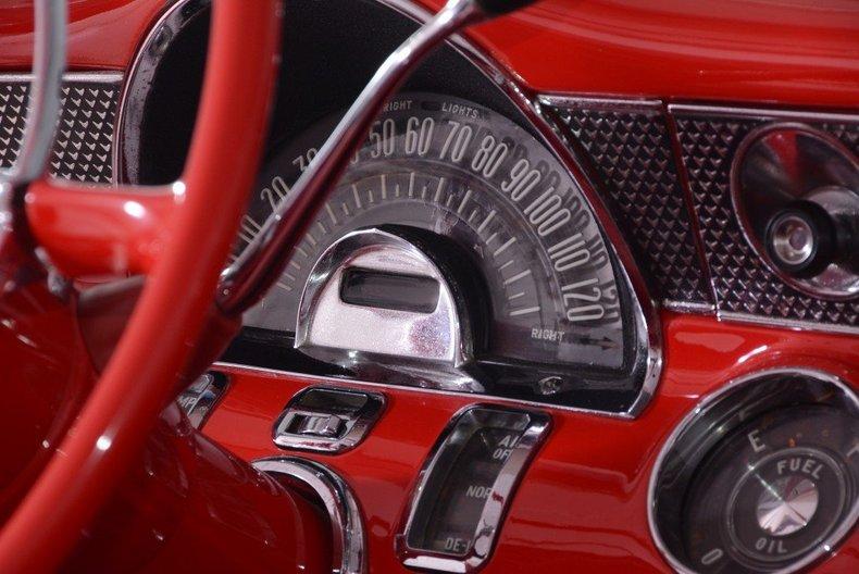 1955 Pontiac Bonneville Image 97