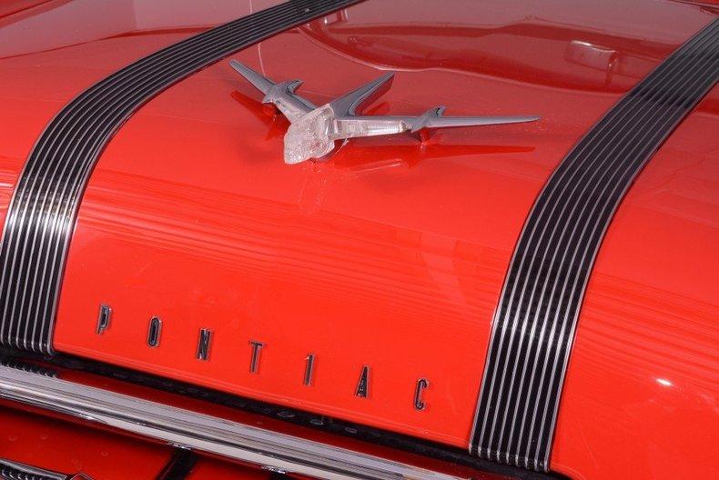 1955 Pontiac Bonneville Image 9