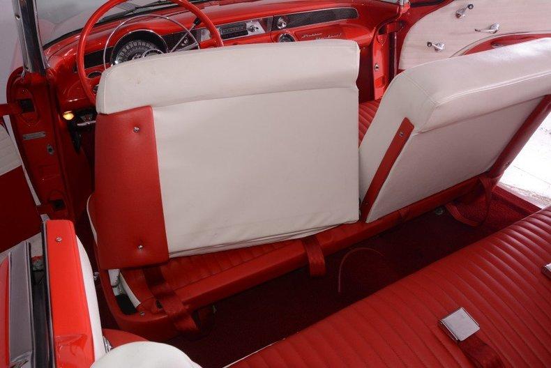 1955 Pontiac Bonneville Image 5