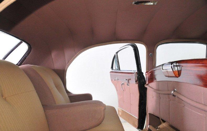 1947 Cadillac Fleetwood Image 21
