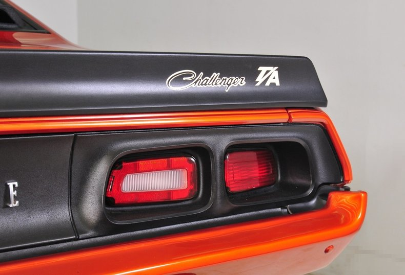 1973 Dodge Challenger Image 8