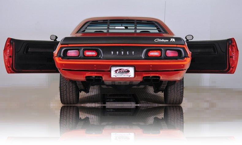 1973 Dodge Challenger Image 31