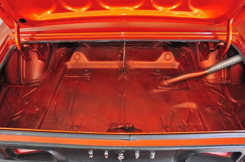 1973 Dodge Challenger Image 7