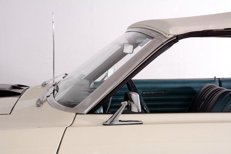 1968 Ford Torino Image 28