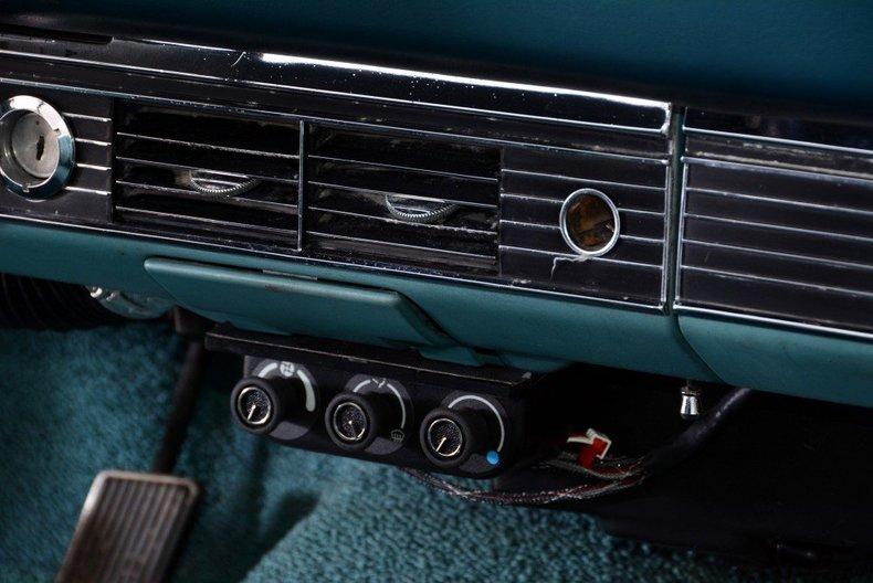 1968 Ford Torino Image 29