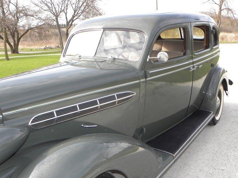 1936 Chrysler  Image 12