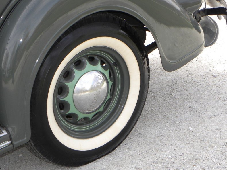 1936 Chrysler  Image 14
