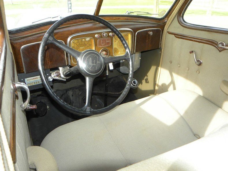 1936 Chrysler  Image 24