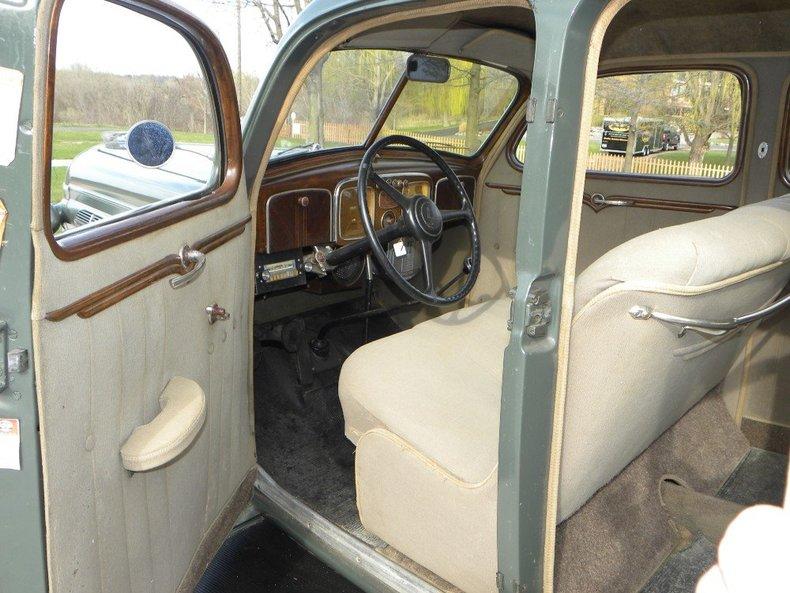 1936 Chrysler  Image 32