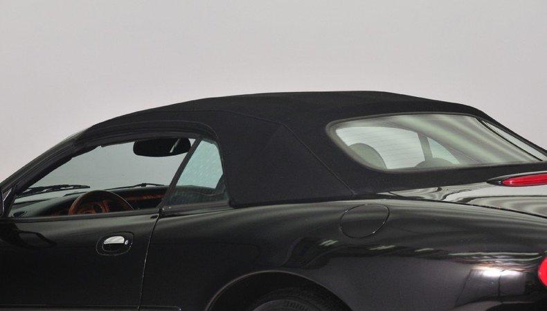 1997 Jaguar  Image 8