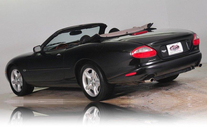 1997 Jaguar  Image 26
