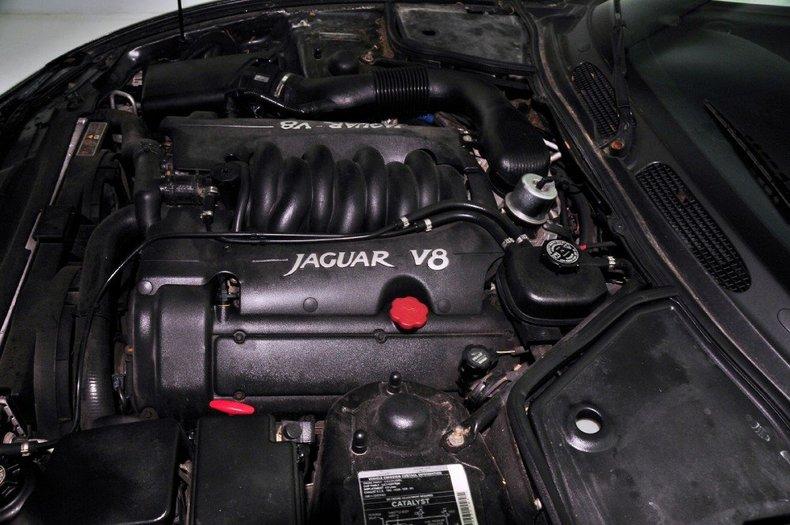 1997 Jaguar  Image 24