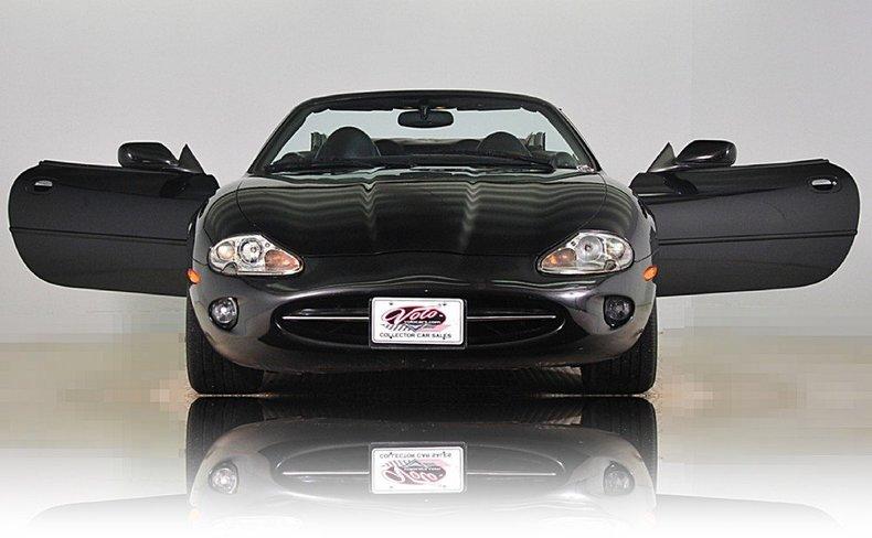 1997 Jaguar  Image 30